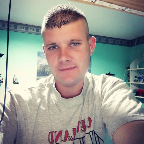 Zsolt, 25 éves társkereső férfi - Cigánd