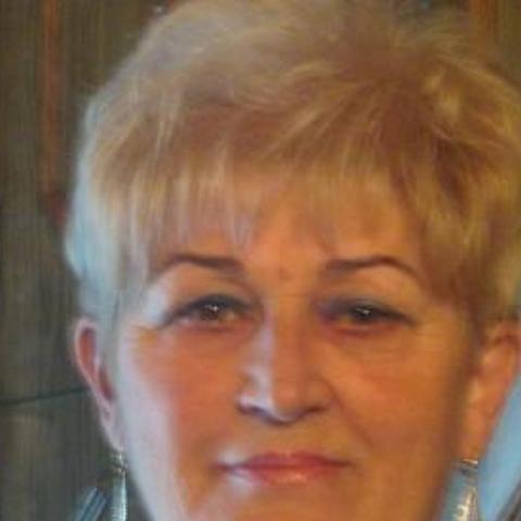 Cila, 67 éves társkereső nő - Debrecen