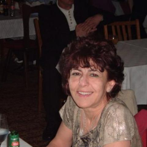 Ágnes, 62 éves társkereső nő - Nyíregyháza