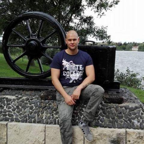 Zoltán, 30 éves társkereső férfi - Oroszlány
