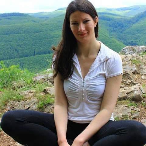 Heni, 31 éves társkereső nő - Kazincbarcika