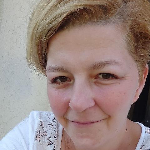 Krisztina, 36 éves társkereső nő - Dunaújváros