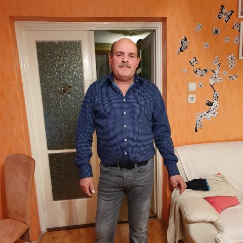 József, 58 éves társkereső férfi - Sülysáp