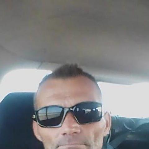 Kovács, 43 éves társkereső férfi - Debrecen