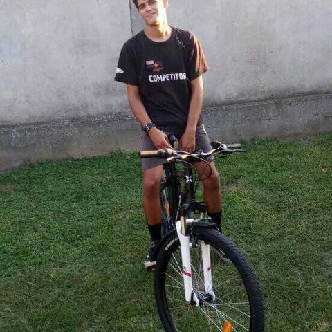 László, 22 éves társkereső férfi - Szentmártonkáta