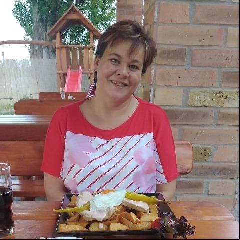 Edit, 39 éves társkereső nő - Kalocsa