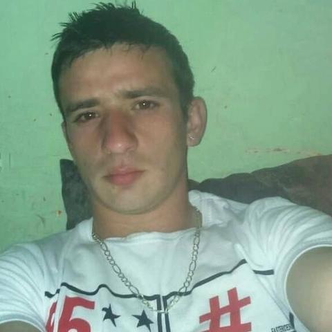 Sándor, 27 éves társkereső férfi - Szarvas