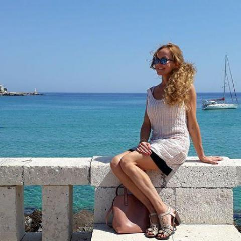 Roxán, 46 éves társkereső nő - Miskolc