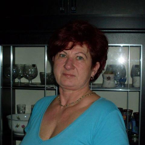 Kati, 61 éves társkereső nő - Nyíregyháza