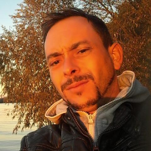 jozsef, 39 éves társkereső férfi - Wels