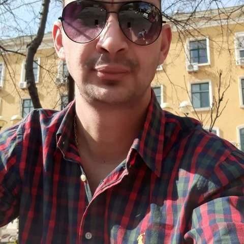 Robi, 32 éves társkereső férfi - Dunaújváros