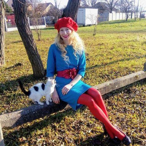 Szilvia, 44 éves társkereső nő - Debrecen