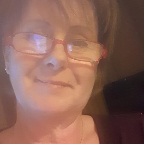 Erika, 56 éves társkereső nő - Vecsés