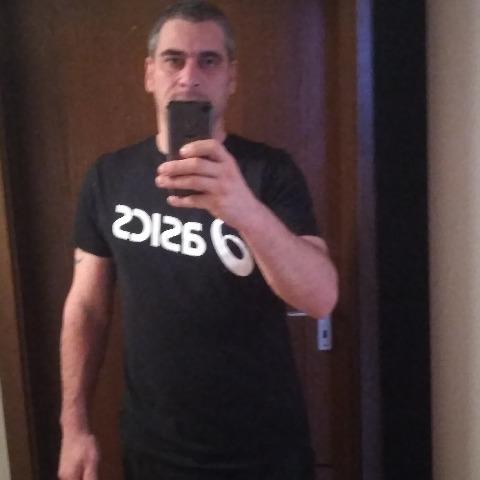 Gyula, 43 éves társkereső férfi - München