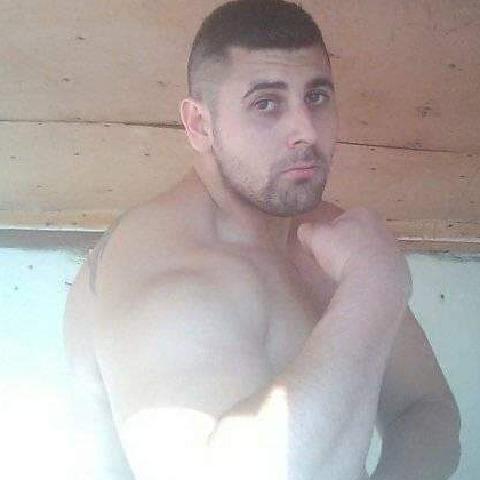 Raul, 28 éves társkereső férfi - Detk