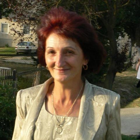 Ágnes, 61 éves társkereső nő - Kaposvár