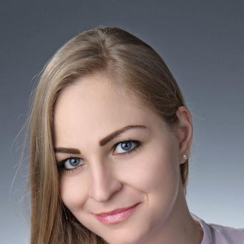 Adél, 28 éves társkereső nő - Szeged