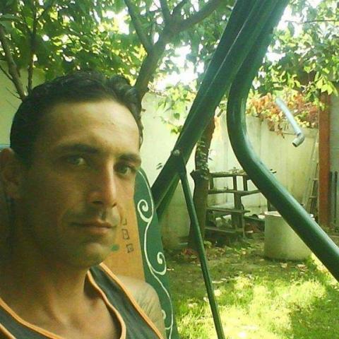 Róbert, 39 éves társkereső férfi - Dejtár