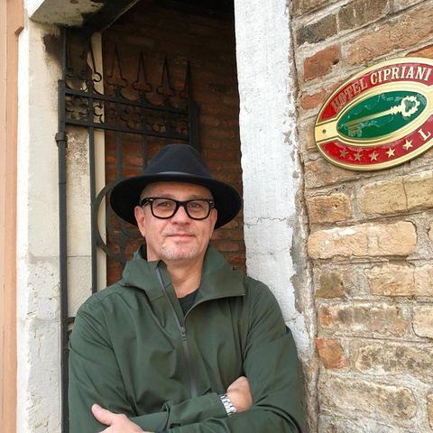 Oliver, 49 éves társkereső férfi - Budapest