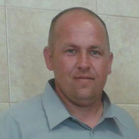 János, 38 éves társkereső férfi - Sényő