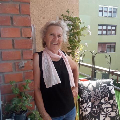 Erika, 67 éves társkereső nő - Cegléd
