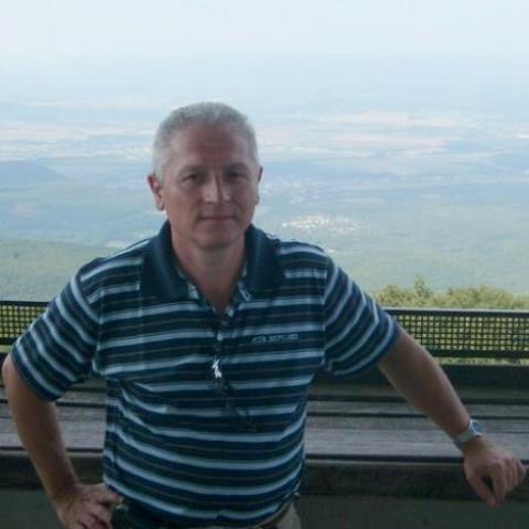 Sanyi, 59 éves társkereső férfi - Debrecen
