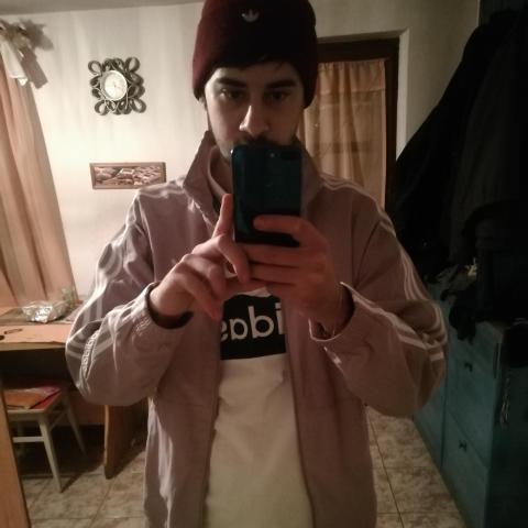 Zsolt, 24 éves társkereső férfi - Tiszacsege
