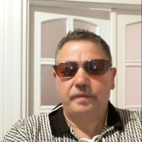 Gábor, 58 éves társkereső férfi - Debrecen