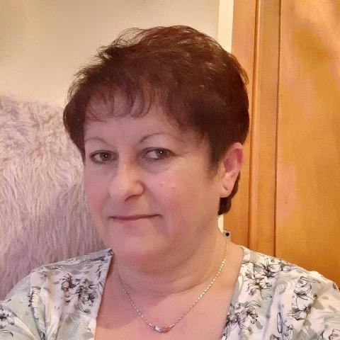 Zsuzsa, 55 éves társkereső nő - Salgótarján