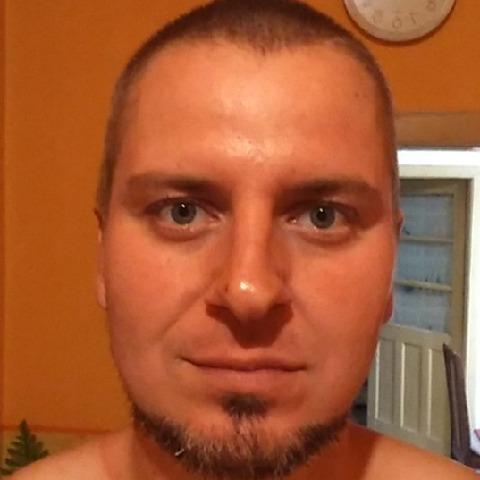 András, 34 éves társkereső férfi - Komárno