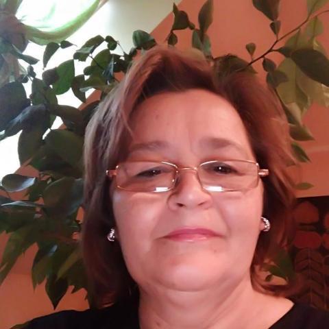 Vicuska, 61 éves társkereső nő - Kaposvár