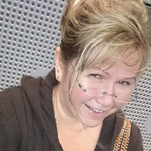 Eszter, 54 éves társkereső nő - London