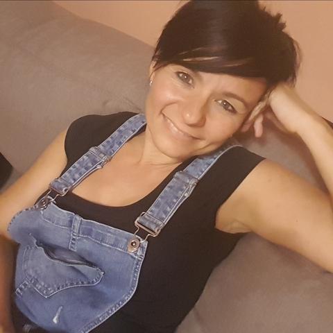 Dóri, 45 éves társkereső nő - Szolnok