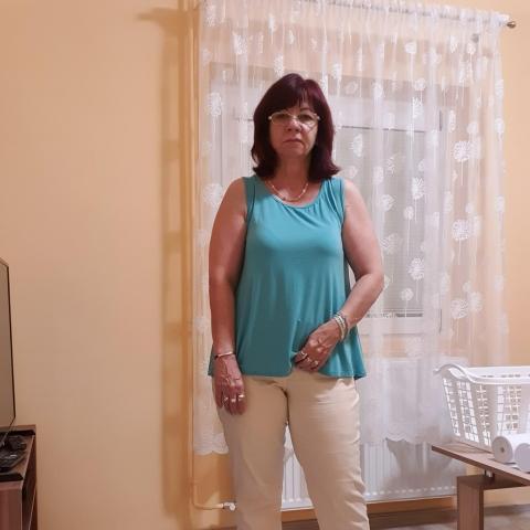 Ági, 54 éves társkereső nő - Esztergom