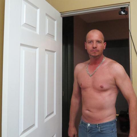 Csaba, 49 éves társkereső férfi - Saskatoon