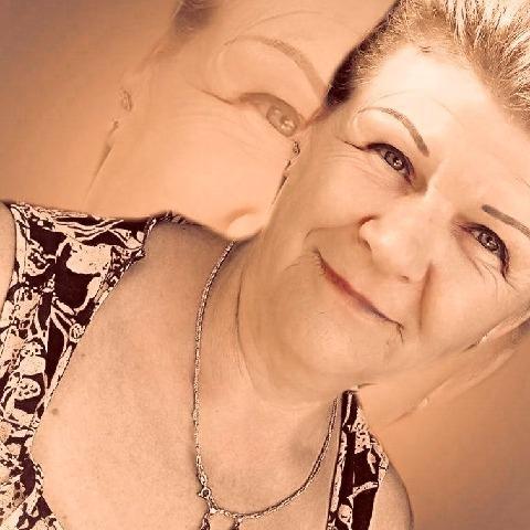 Margó, 61 éves társkereső nő - Balassagyarmat