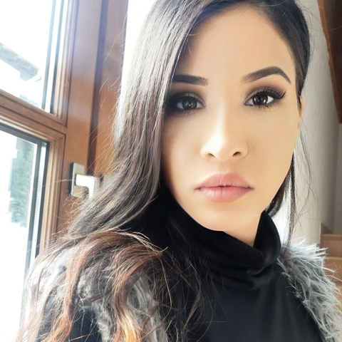 Zizi , 25 éves társkereső nő - Zalaegerszeg