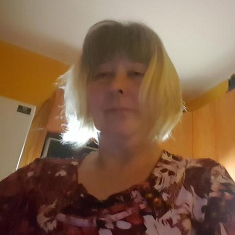 Vica, 62 éves társkereső nő - Pécs