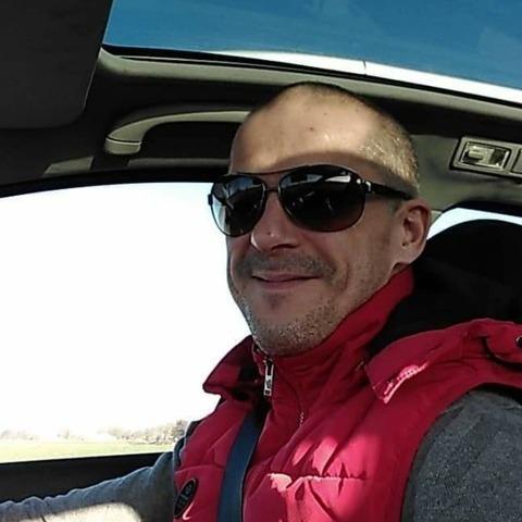 Péter , 39 éves társkereső férfi - Vitnyéd
