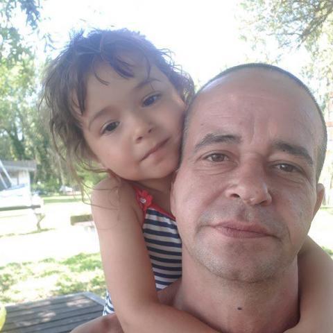 László, 44 éves társkereső férfi - Nemesszentandrás