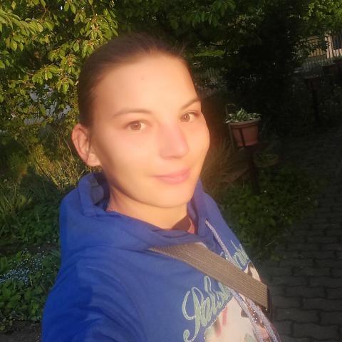 Kitti, 27 éves társkereső nő - Kurd
