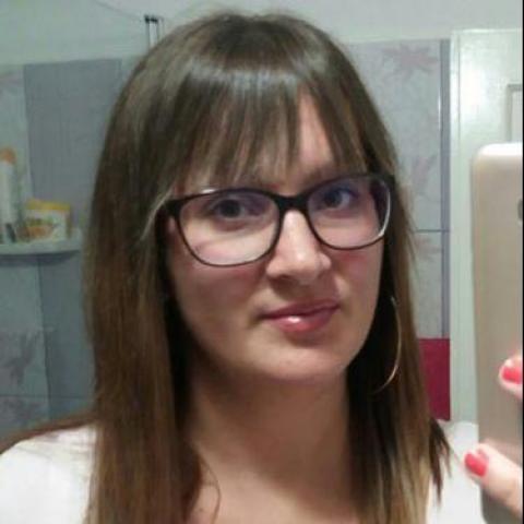 Anett, 27 éves társkereső nő - Dunaújváros