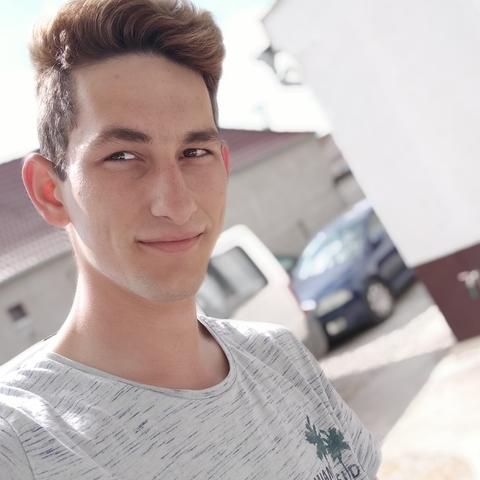 Norbert, 19 éves társkereső férfi - Monor