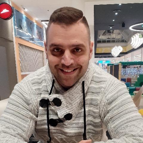 Adam, 34 éves társkereső férfi - Budapest