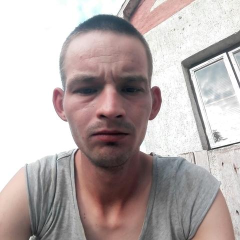 Roland, 25 éves társkereső férfi - Nyíradony