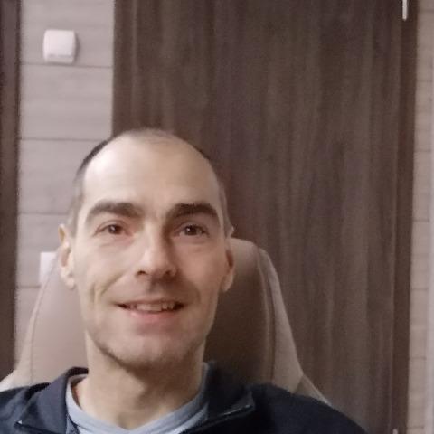 Tomi, 42 éves társkereső férfi - Dunakeszi