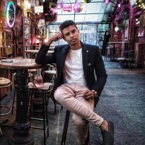 Mugahed , 20 éves társkereső férfi - Dunaújváros