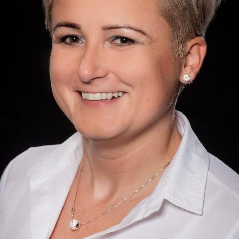 Krisztina, 43 éves társkereső nő - Miskolc