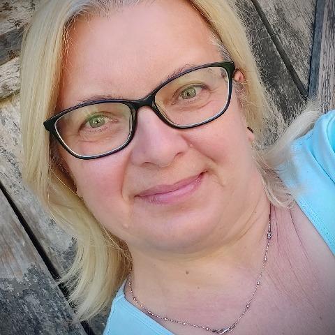 Anikó, 57 éves társkereső nő - Oroszlány
