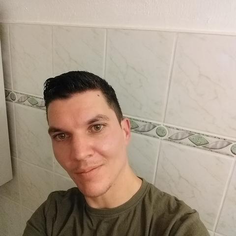 Miklòs, 30 éves társkereső férfi - Miskolc